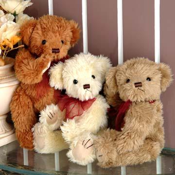 tres osos de peluche